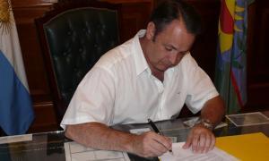 Celillo puso en funciones a los nuevos funcionarios.
