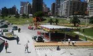 Playa Las Toscas contará con un parque de diversiones y recitales gratuitos. Foto: PuntoNoticias.
