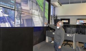 Zamora supervisó el trabajo de monitoreo que se realiza desde el Centro de Operaciones Tigre.
