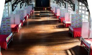La Plata: Kicillof recorrió centro de aislamiento
