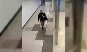 Un pasajero robó a una empleada del aeropuerto de Ezeiza: Lo descubrieron por las cámaras