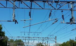 El Roca eléctrico, con servicio suspendido