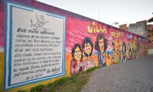 El mural tiene 3 metros de altura