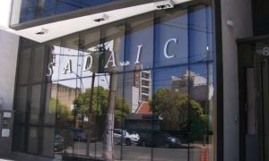 Revocan multa a Sadaic por aplicar tarifa al uso de música en hoteles