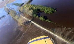 Por las inundaciones hay más de mil evacuados en la Provincia.
