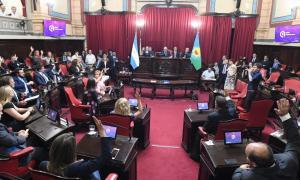 Legislatura bonaerense: Juraron los 23 senadores electos y se renovaron autoridades