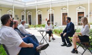 San Nicolás: Encuentro con hoteleros de la ciudad