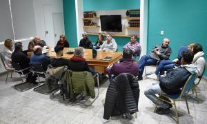 Roberto Álvarez analizó con su gabinete el impacto de la crisis y las medidas económicas en Tres Lomas