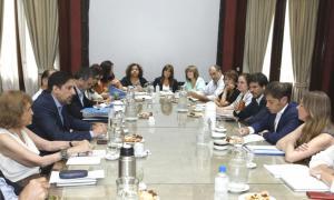 Los funcionarios mantuvieron una reunión en Casa de Gobierno