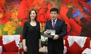 Vidal terminó su gira china en Hong Kong