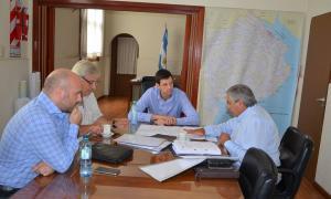 Campana con autoridades provinciales. Foto: Municipalidad de General Villegas.