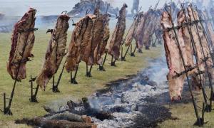 Los asistentes podrán disfrutar de más de 200 costillares de asado. Foto: Prensa