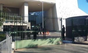 Mucha seguridad en el City Center de Rosario. Foto: La Noticia 1