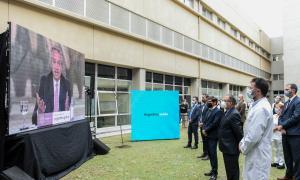 El Presidente encabezó la puesta en marcha de hospital de Ituzaingó.