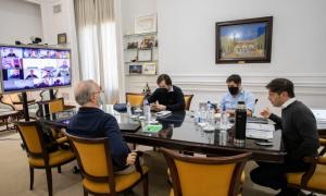 Kicillof se reunió con intendentes del conurbano y el Comité de Expertos