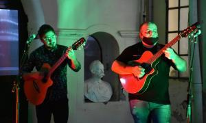 """Tocaron Carlos Pinto y """"Kuki"""" Errante"""