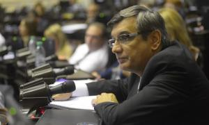 """El legislador culpó a la herencia de """"30 años de gobiernos peronistas""""."""