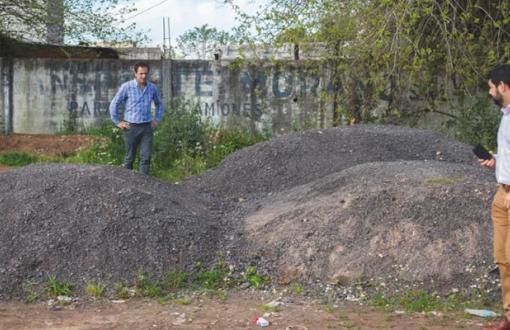 Abella descubrió asfalto que había sido robado al municipio.