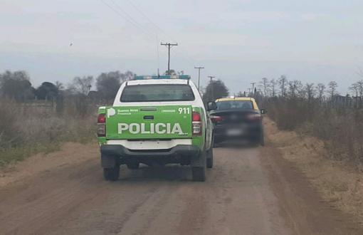 La policia local lo persiguió y lo detuvo