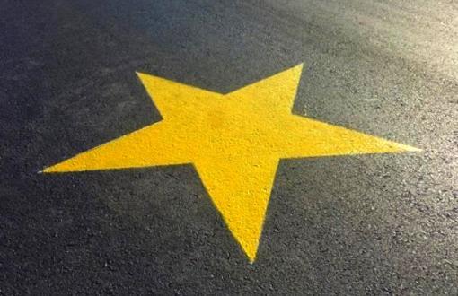 Campaña Estrellas amarillas para concientización vial. (Internet)