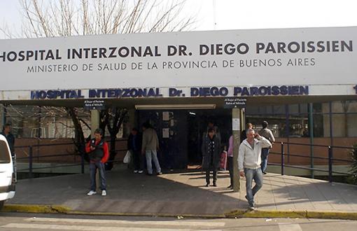 Pacientes en la calle y pánico: Cómo fue el grave episodio en el Hospital Paroissien por una granada