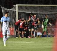 Colón y Racing empataron 1 a 1.