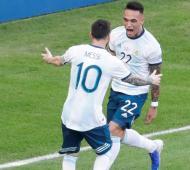 Argentina y Brasil juegan este martes desde las 21.30.
