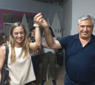 Tras la victoria, Campana recibió el saludo de su opositora, Sol Fernández.