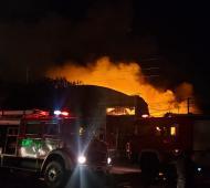Los bomberos lograron controlar las llamas.