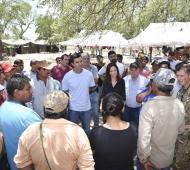 Inundaciones en Salta: Urtubey y Stanley visitaron centros de evacuados en Santa Victoria Este