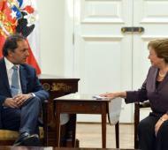 El Gobernador mantuvo un encuentro con la Presidenta del país vecino.