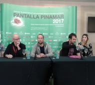 iz a der: Eduardo Elli, Erik Ruuth, Diego Baridó, Mariano Swi, Andrea Cosentino y Mariano Mouriño. FOTO: Ln1