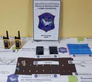 Se incautaron más de 200 pastillas de éxtasis y 24 mil pesos. Foto: Prensa