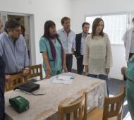 Vidal visitó centro de atención a las adicciones. Foto: Prensa