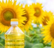 Prohibieron la comercialización de aceite retirado del mercado
