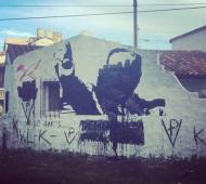 Así quedó el mural que homenajeaba a Alfonsín.