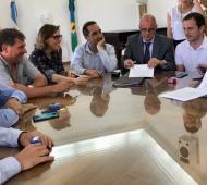 Oficina Anticorrupción encabezó la firma de convenio con comunas de la Primera sección