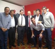 La nuevas autoridades de la UCR local junto a Gustavo Posse, Miguel Bazze y Adrián Pérez.