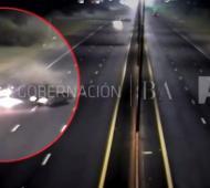 El accidente quedó registrado por las cámaras.