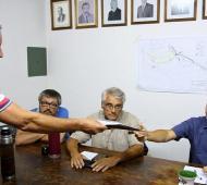 Kicillof visitó la Sociedad Rural de Bragado y generó polémica entre productores.