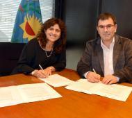 Ortiz y Bertellys firmaron el convenio.