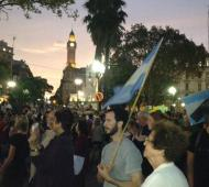 Las plazas se colmaron de gente pidiendo justicia.