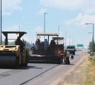 Autopista Buenos Aires - La Plata: Comenzó repavimentación del tramo Hudson-La Plata