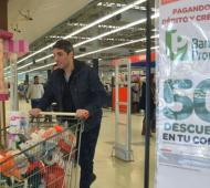 Medio millón de compras en supermercados con el descuento del 50% de Banco Provincia