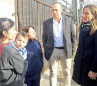 Berni y Tolosa Paz hablaron con los vecinos de La Plata  Foto: Facebook Tolosa Paz