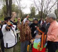 Bolinaga recibió a representantes de Pueblos Originarios. Foto: MinutoArrecifes