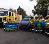 La Policía bonaerense colabora con 12 brigadistas forestales en las sierras cordobesas