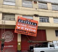 Bomberos pusieron en venta su cuartel para paliar una difícil situación financiera.