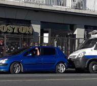 La confitería Boston, custodiada por la Policía.