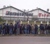 Paro de trabajadores de Bridgestone en Lavallol.